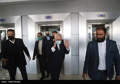 محمدجواد ظریف وزیر امور خارجه در همایش مطالبات حقوقی بینالمللی دفاع مقدس