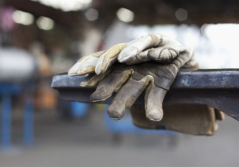 شکاف عمیق دستمزد و تورم با افزایش 40 درصدی مزد 1400 هم پر نمی شود