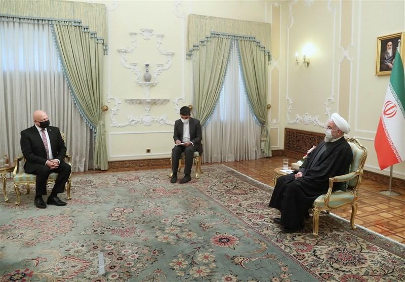 Iran Ready to Share Experiences in COVID Fight with Slovakia, Romania