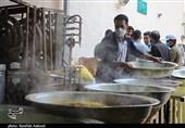 همت گروههای جهادی شیراز در احیای سنت اطعام غدیر؛ 8000 پرس غذای گرم توزیع میشود