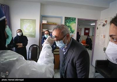 واکسیناسیون کادر درمان،پرستاران ، پزشکان و مدافعان سلامت بیمارستان رسول اکرم(ص)علیه ویروس کرونا کووید ۱۹