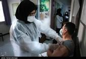 مردم و مسئولان با وجود آغاز واکسیناسیون در کشور نباید سهلانگاری کنند