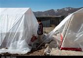محموله کمکهای امدادی جامعه اهل سنت به شهر زلزله زده سیسخت رسید + تصاویر