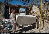جهادگران و خادمان شهدای کرمانشاه به مناطق زلزلهزده سیسخت اعزام شدند