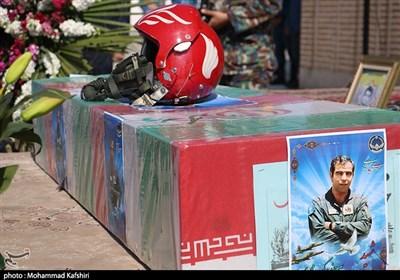 پایان چشمانتظاری پس از 33 سال / پیکر خلبان شهید بیگمحمدی به وطن بازگشت + فیلم و تصاویر