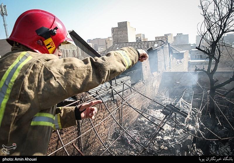 آتش سوزی انبار پنبه در مولوی