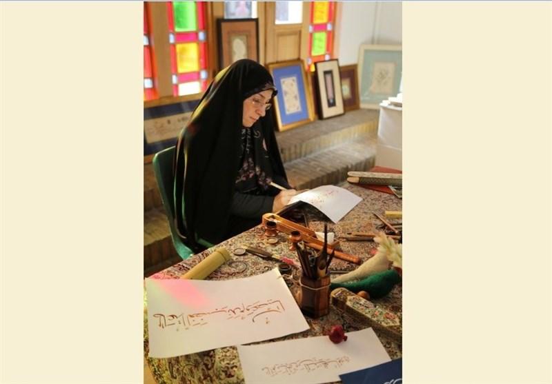 اساتید بزرگ خوشنویسی هم در فروش آثارشان ناتوان اند !/ نسخ ایرانی را فراتر از مرزهای کشور نبردهایم!