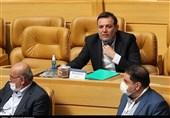 عزیزی خادم: من برای تیم ملی قرض کردم، این زیبنده فوتبال ایران نیست