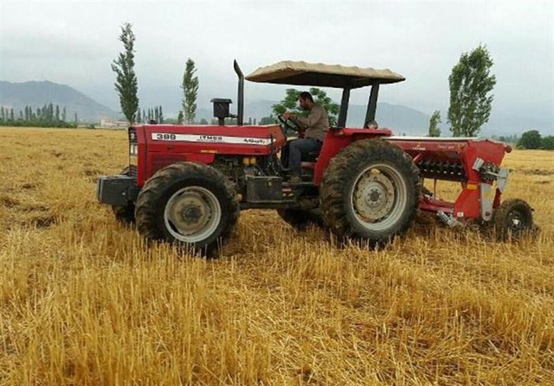 سهمیه سوخت ماشین آلات کشاورزی فاقد پلاک در لرستان قطع میشود