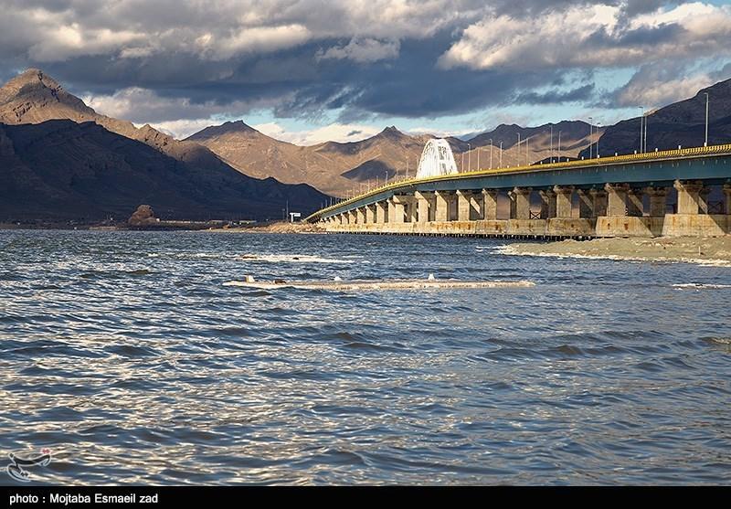 رهاسازی آب به سمت دریاچه ارومیه همچنان متوقف شده است؛ حفاری تونل انتقال آب شتاب گرفت