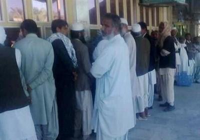 صفهای طولانی نانواییهای بلوچستان به سراوان رسید/ ازدحام مردم در روزهای هشداری کرونا