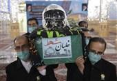 بازگشت به خانه پس از 33 سال/پیکر شهید بیکمحمدی در حرم رضوی طواف داده شد