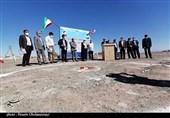 عملیات آمادهسازی اراضی طرح ملی مسکن شهرستان انار آغاز شد