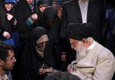Ayatollah Khamenei Acclaims Women for Spectacular Role in Iran