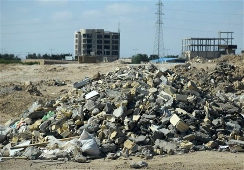ورودی شهر بیرجند در محاصره نخالههای ساختمانی/گلایه مردم از وضعیت نامناسب ورودی مهرشهر