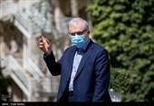 وزیر بهداشت در کرمانشاه: واکسن داخلی در درخشانترین شرایط قرار دارد/ چراغ خاموش حرکت میکنیم تا آمریکا کارشکنی نکند/ به دلالها میدان نمیدهم