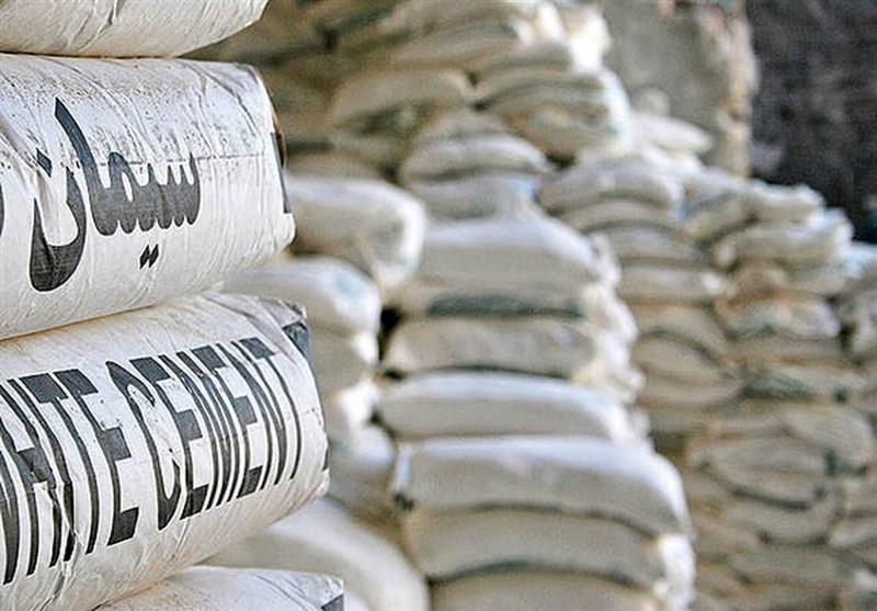 تعزیرات حکومتی قشم برای مقابله با گرانفروشی و احتکار سیمان وارد عمل شد