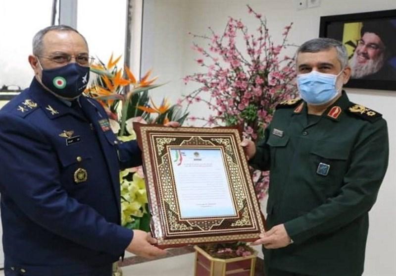 فرمانده نیروی هوایی ارتش با سردار حاجیزاده دیدار کرد