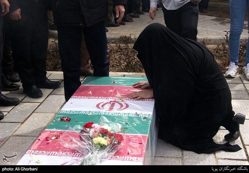 مادر شهیدان محمدپور به فرزندان شهیدش پیوست