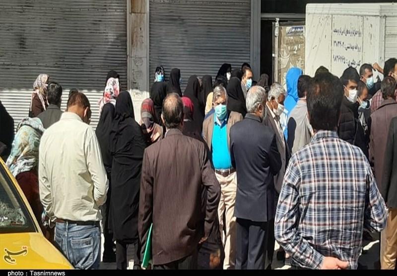 سازمان صمت آذربایجانغربی از تشکیل صف خرید کالاهای اساسی در مقابل فروشگاهها جلوگیری کند