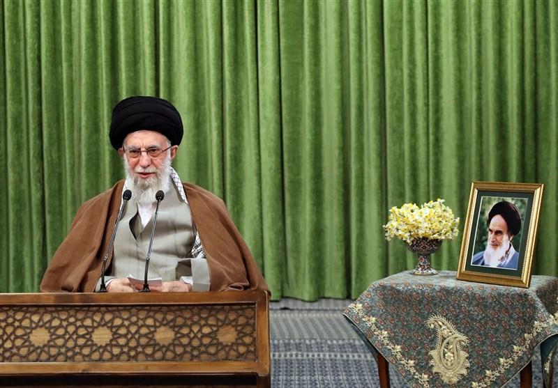 استفتاء از آیت الله خامنهای | چند سال به علت بیماری روزه نگرفتم، در حال حاضر چه وظیفهای دارم؟ / روزههای حرام/ تردید در اقامت 10 روزه