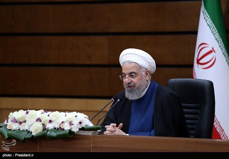روحانی: یکی از افتخارات دولت تحول در حوزه ارتباطات و اقتصاد دانش بنیان است