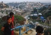 متواری شدن دهها هزار نفر درپی آتش سوزی کمپ پناهجویان روهینگیا در بنگلادش+فیلم