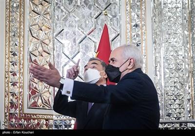 وانگ ئی، وزیر امور خارجه چین با محمدجواد ظریف وزیر امور خارجه ایران