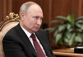 Putin Warns West against Crossing 'Red Line' of Russia