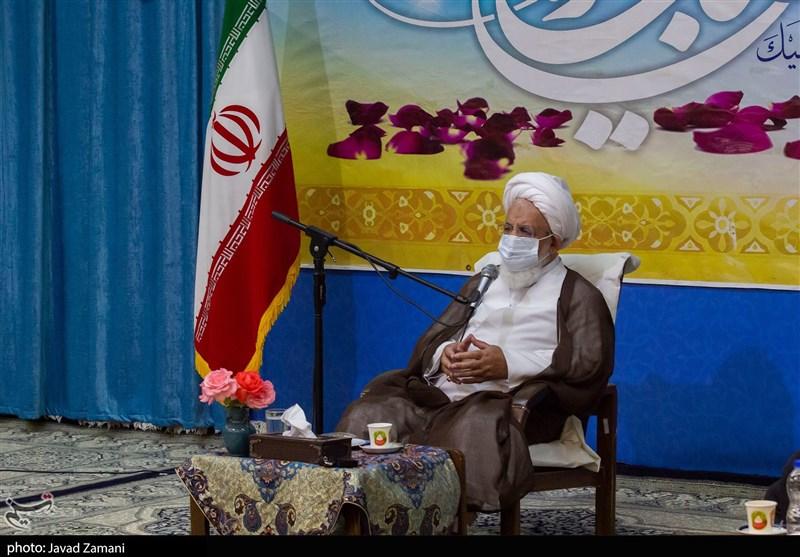 امام جمعه یزد: توانایی کارگران، مهندسان و فعالان صنعت ایران بیشتر از چینیهاست
