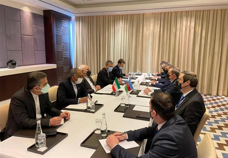 Iranian, Azeri Foreign Ministers Confer on Caspian Cooperation