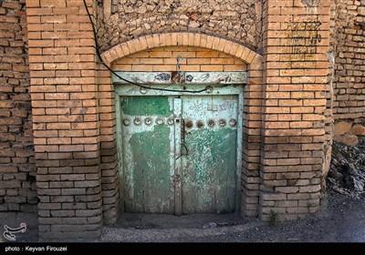 درب های قدیمی، دریچه ای به گذشته