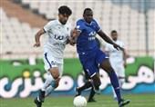 لیگ برتر فوتبال| تساوی استقلال و پیکان در 45 دقیقه نخست