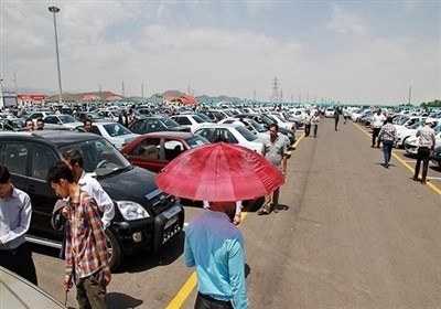 رکود در بازار خودرو؛ احتمال کاهش و ریزش قیمت در بهار ۱۴۰۰/ نرخ دلار و عرضه بر بازار آزاد خودرو اثر دارد، نه تصمیم شورای رقابت