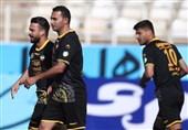 لیگ برتر فوتبال| ششمین پیروزی پیاپی سپاهان و صدر جدولی که دوباره زرد شد