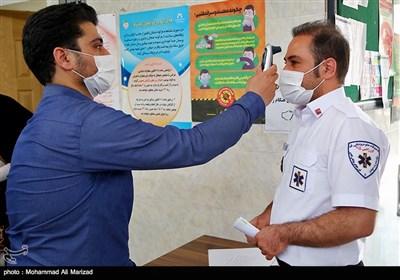 تزریق واکسن کرونا به عوامل اورژانس استان قم