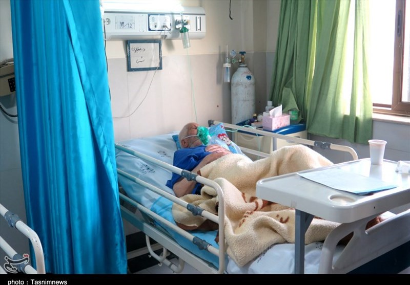 تداوم روند رو به رشد کرونا در کردستان؛ ظرفیت تختهای بیمارستانی پر شد