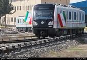 بازدید نمایندگان وزیر کشور از قطار ملی مترو و کارخانه واگن سازی تهران
