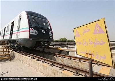 رونمایی از نخستین نمونه قطار ملی مترو