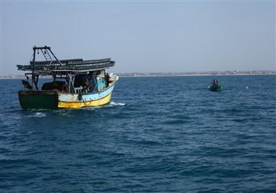 """جرائم الاحتلال بحق صیادین بحر غزة لا تتوقف.. لقمة عیش """"مغمسة بالدم"""""""