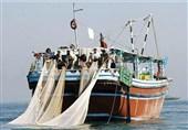 توقیف 18 فروند شناور غیر مجاز در آبهای خلیج فارس / کشف 18 دستگاه ترال از متخلفان