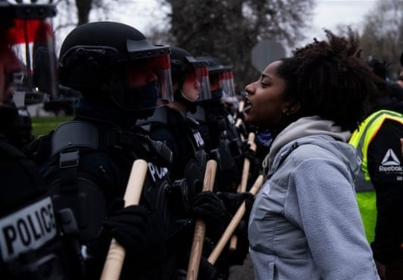 Protests near Minneapolis after Fatal Police Shooting at Traffic Stop