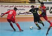 بازیکن تیم فوتسال کوثر اصفهان: یک هفته دیرتر از حریفان در شرایط مسابقه قرار میگیریم/ باید تلاشمان را چندبرابر کنیم