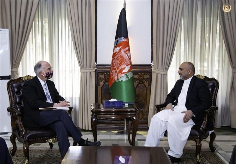رایزنی اتمر با ویلسون درباره ادامه همکاری آمریکا پس از خروج از افغانستان