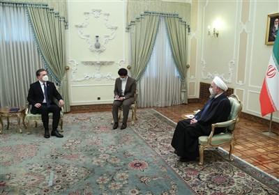 تاکید روحانی بر توسعه و تعمیق روابط ایران و صربستان
