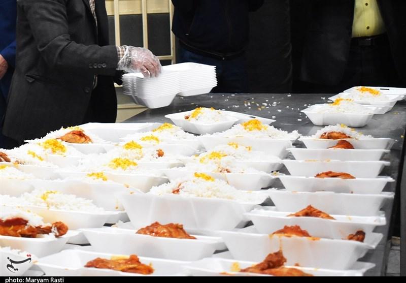 طرح اطعام مهدوی در ایام ماه مبارک رمضان در شهرکرد به روایت تصاویر