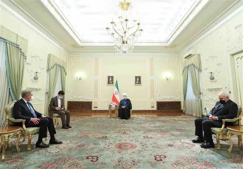 الرئیس روحانی یستقبل وزیر الخارجیة الباکستانی