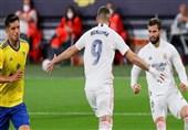 لالیگا| رئال مادرید با یک پیروزی آسان و گلهای بنزما صدرنشین شد