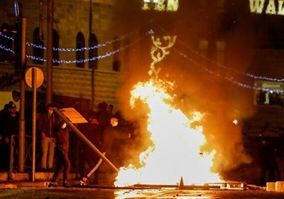 Over 100 Wounded in Clashes with Israeli Police in Occupied Palestine