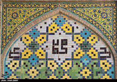 چشمنوازی معماری اصیل ایرانی در مسجدالنبی(ص) قزوین / اینجا کاشیکاری هفترنگ با انسان صحبت میکند + تصاویر